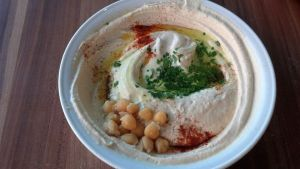 The BEST hummus of my life!!